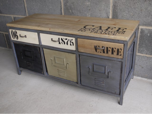 Loft: Chic Industrial style cabinet.