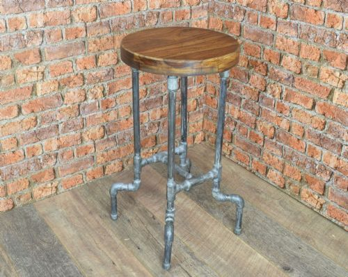 Loft:Pipework Water Supply Stool