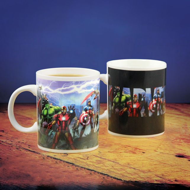 Marvel: Boxed Mug Heat Change Avengers.