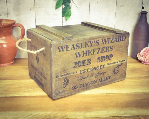 Wooden chest Wizards Weezers.